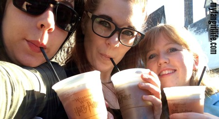 Wizarding World of Harry Potter Butterbeer Selfie